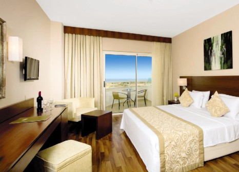 Hotelzimmer mit Volleyball im Roma Beach Resort & Spa