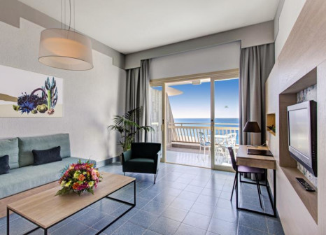 Hotelzimmer mit Yoga im Suite Hotel Fariones