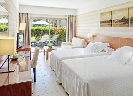Hotelzimmer mit Volleyball im Barceló Fuerteventura Thalasso Spa