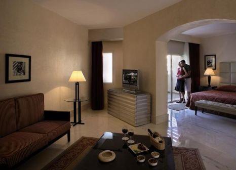 Hotelzimmer mit Volleyball im Jaz Mirabel Club