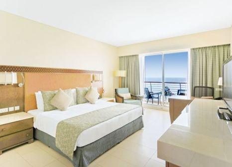 Hotelzimmer mit Minigolf im Millennium Resort Mussanah
