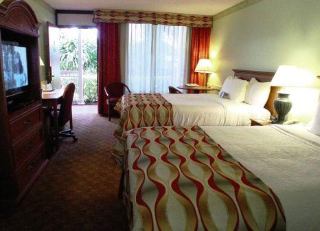 Hotelzimmer im Ramada Naples günstig bei weg.de