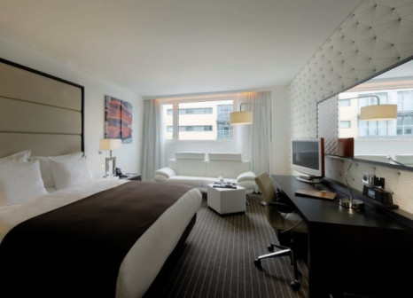 Hotel Pestana Chelsea Bridge günstig bei weg.de buchen - Bild von FTI Touristik