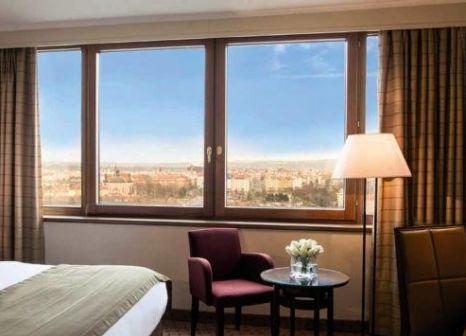 Hotelzimmer mit Golf im Corinthia Hotel Prague