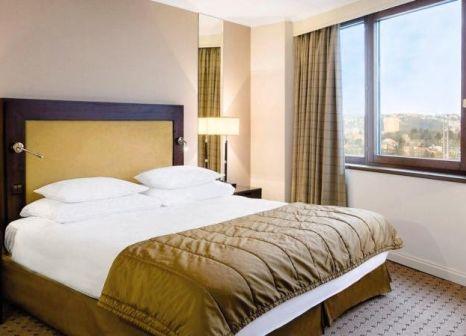 Hotelzimmer mit Fitness im Corinthia Hotel Prague