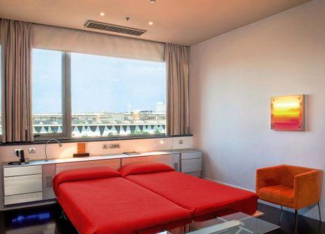 Hotelzimmer mit Pool im Fira Congress Barcelona