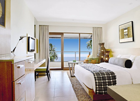 Hotelzimmer mit Volleyball im Holiday Inn Resort Baruna Bali