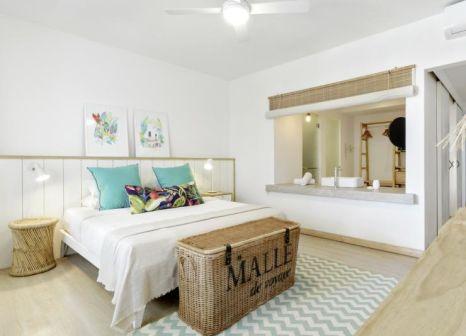 Hotelzimmer mit Tischtennis im Hotel Coin de Mire Attitude