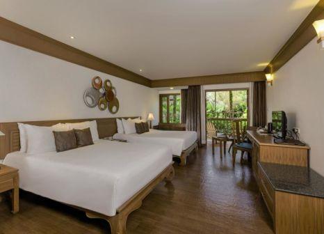 Hotelzimmer mit Volleyball im Seaview Resort Khao Lak