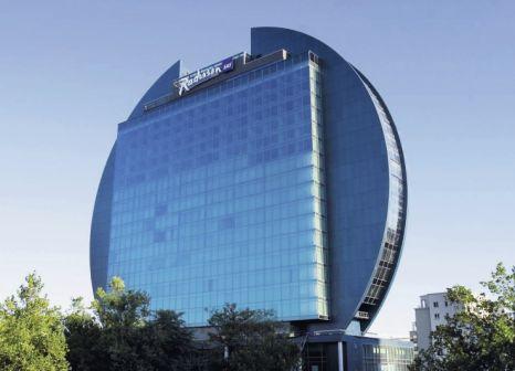 Radisson Blu Hotel Frankfurt günstig bei weg.de buchen - Bild von FTI Touristik