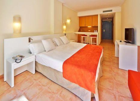 Hotelzimmer mit Aerobic im allsun Hotel Mar Blau