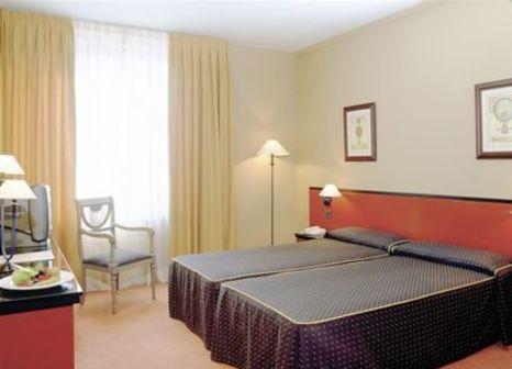 Hotelzimmer mit Tennis im Alimara