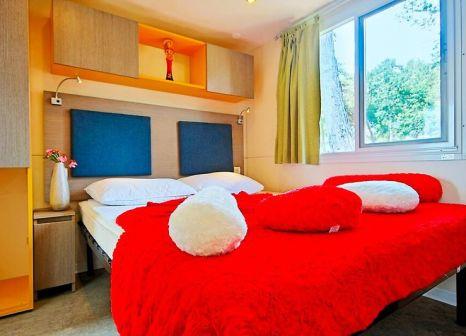 Hotelzimmer mit Volleyball im Brioni Sunny Camping