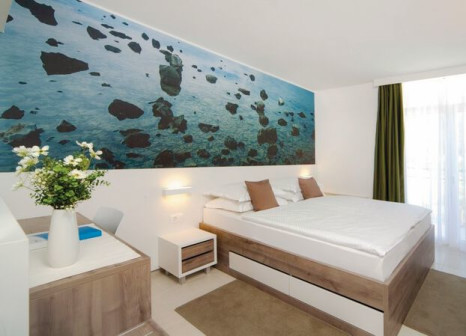 Hotelzimmer mit Mountainbike im Bluesun Neptun