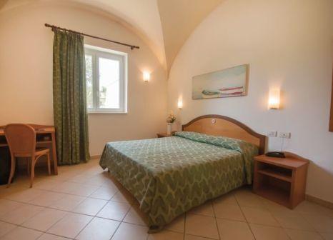 Hotelzimmer im Dolmen Sport Resort günstig bei weg.de