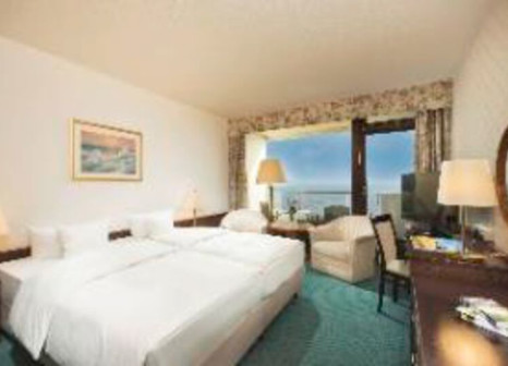 Hotelzimmer mit Mountainbike im Maritim Seehotel Timmendorfer Strand