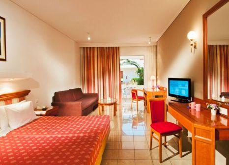 Hotelzimmer mit Yoga im Kipriotis Village Resort