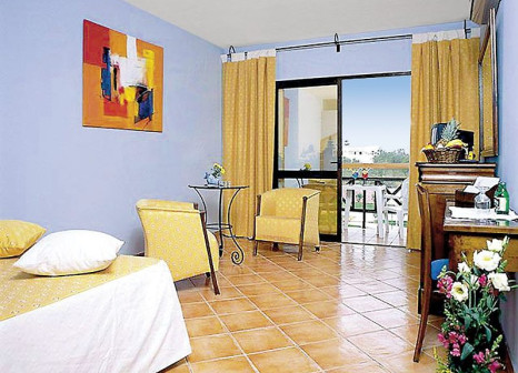 Hotelzimmer mit Tennis im Luzmar Villas