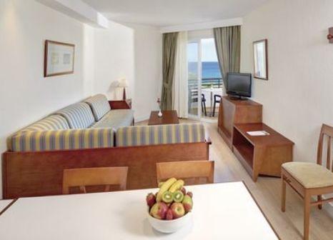 Hotelzimmer mit Volleyball im Hipotels Dunas Cala Millor