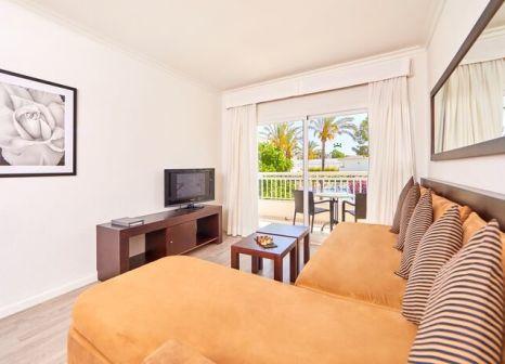 Hotelzimmer mit Mountainbike im Prinsotel La Dorada