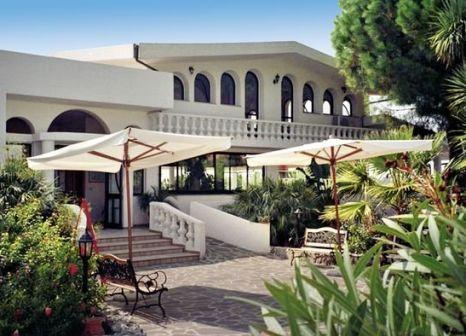 Hotel Villaggio Pineta Petto Bianco günstig bei weg.de buchen - Bild von FTI Touristik