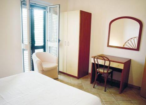 Hotel Villaggio Pineta Petto Bianco in Tyrrhenische Küste - Bild von FTI Touristik