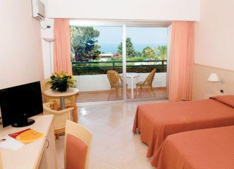 Hotelzimmer mit Tennis im LABRANDA Rocca Nettuno Tropea