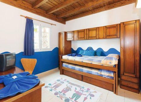 Hotelzimmer mit Mountainbike im Club Caleta Dorada