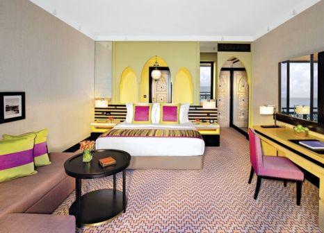 Hotelzimmer mit Yoga im Jumeirah Mina A'Salam