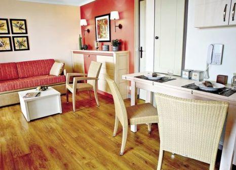 Hotelzimmer im Pierre & Vacances Holiday Village Cap Esterel günstig bei weg.de