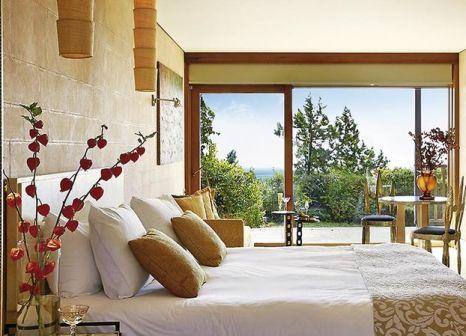 Hotelzimmer mit Volleyball im Cape Sounio Grecotel Exclusive Resort