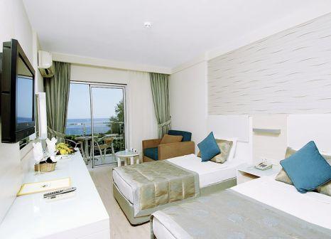 Hotelzimmer mit Volleyball im Grand Okan Hotel
