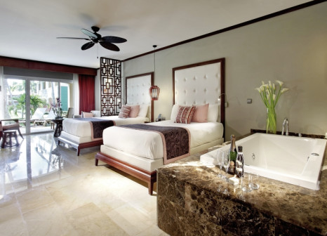 Hotelzimmer mit Volleyball im Grand Palladium Bavaro Suites Resort & Spa