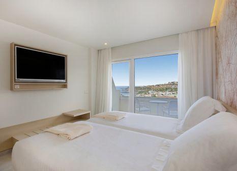 Hotelzimmer mit Tischtennis im Iberostar Selection Sábila