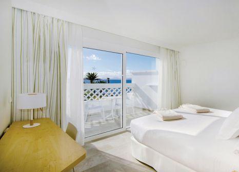 Hotelzimmer mit Volleyball im Iberostar Selection Lanzarote Park