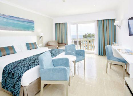 Hotelzimmer mit Golf im Universal Hotel Lido Park