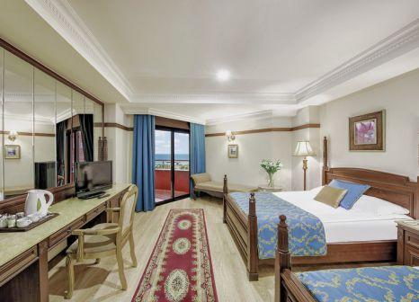 Hotelzimmer mit Mountainbike im Delphin Palace
