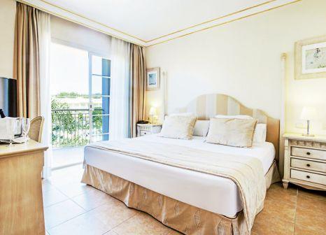 Hotelzimmer mit Yoga im VIVA Suites & SPA