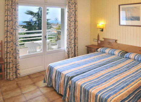 Hotelzimmer mit Tischtennis im Hotel GHT Neptuno