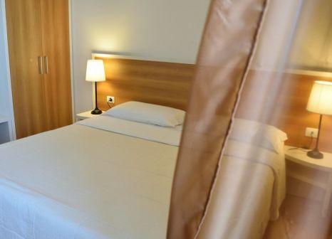 Hotelzimmer mit Tischtennis im Agriturismo Vecchia Masseria