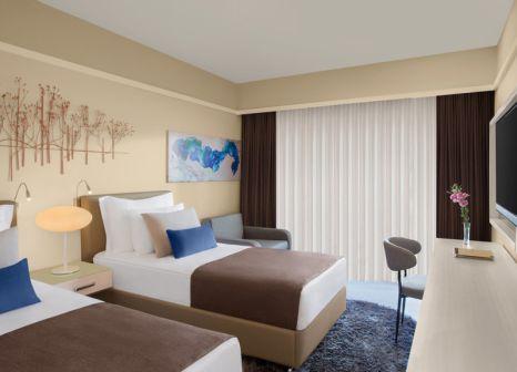 Hotelzimmer mit Yoga im TUI SENSATORI Resort Barut Fethiye