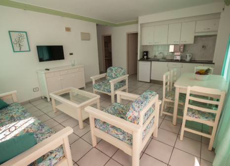 Hotelzimmer mit Tischtennis im Acapulco
