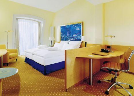 Hotelzimmer mit Mountainbike im DORMERO Hotel Dresden City