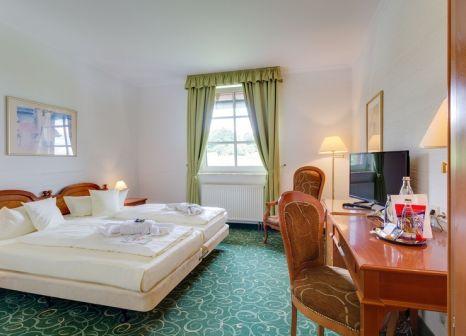 Hotelzimmer im Panorama Berghotel Wettiner Höhe günstig bei weg.de