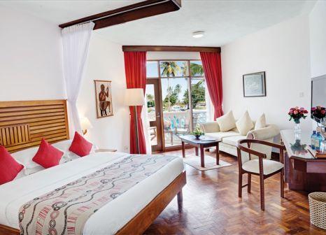 Hotelzimmer mit Volleyball im Amani Tiwi Beach Resort