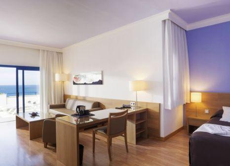 Hotelzimmer mit Yoga im TUI Blue Suite Princess