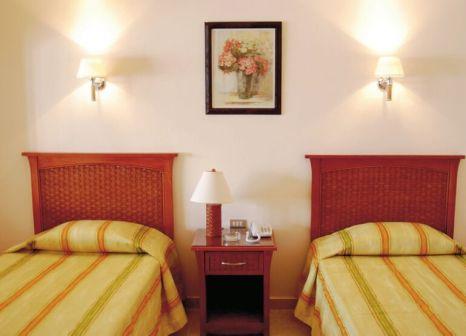 Hotelzimmer mit Volleyball im Tivoli Hotel Aqua Park