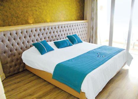 Hotelzimmer mit Volleyball im Delphin El Habib