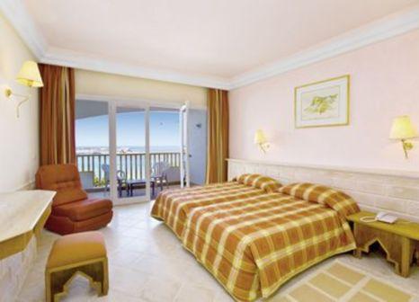 Hotelzimmer mit Mountainbike im Delphin El Habib