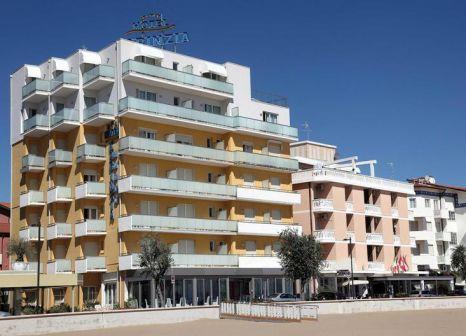 Hotel Karinzia günstig bei weg.de buchen - Bild von alltours